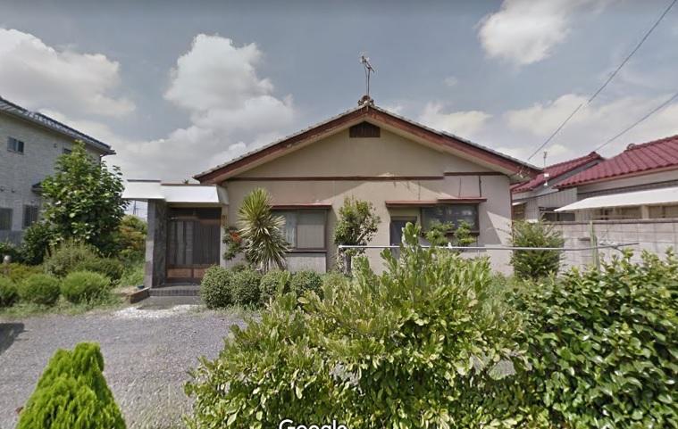 中古住宅 4DKです。木造瓦葺の平屋建です。